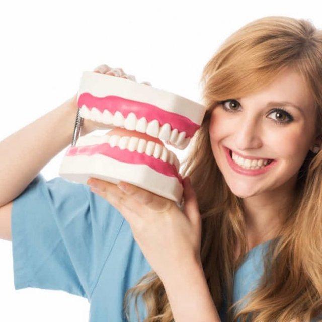 Dentist in West Allis